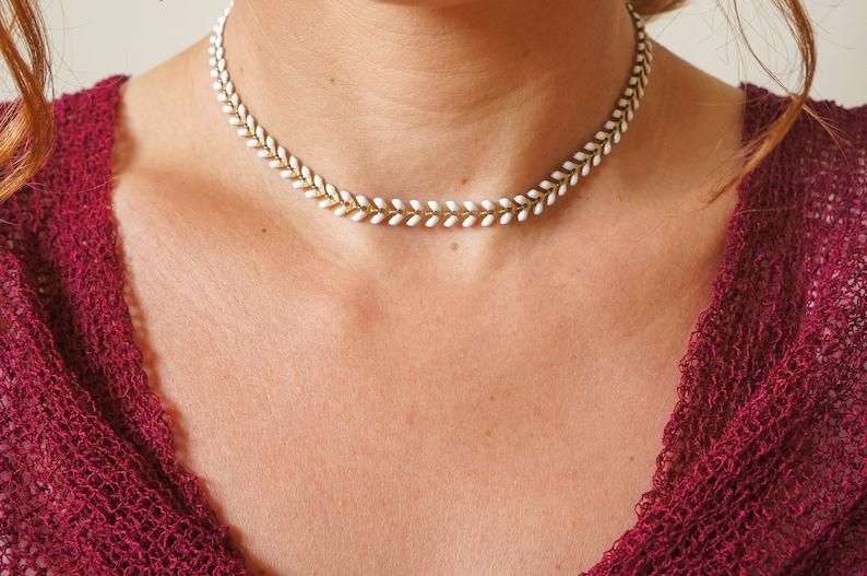 dainty chevron chain choker delicate bohemian short necklace White enameled choker necklace golden /& white layering necklace