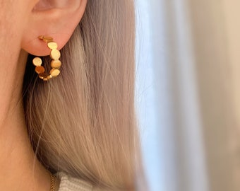 Simple Hoop Gold Earring • Hypoallergenic Open 18k Gold • Titanium Nickel Free Earrings • Hoops Dainty Minimalistic Minimalist Delicate