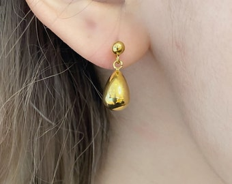 Gold Teardrop Dainty Delicate Earring Dangly Small Elegant 18k Gold Titanium Hypoallergenic Nickle Free Minimalist