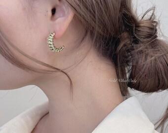 Parisian Nights Gold Earrings