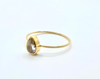 Pear Jewel Ring • Gold Band Dainty • 18k Ring Delicate Simple •  Stackable tiny Gold Dainty • Minimalistic