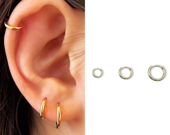 Tiny Hoop Earrings • 14k Gold Dainty Earrings • Huggie Hoops Earrings •  Patterned Earrings • Minimalist Earrings • Gift for Her