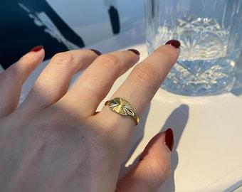 Shining Circle Gold Pinky Ring
