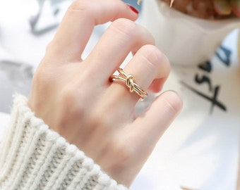 Thick Ring Gold Chunky •  knot Statement Ring •  18k Gold Plated • Titanium Fill Chain Link •  Ring