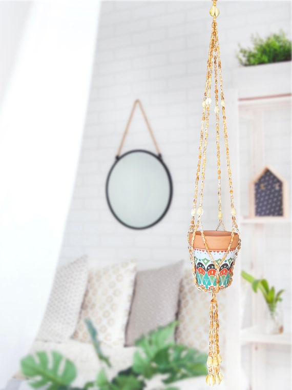 Seashell Hanging Planter Indoor and Outdoor Home Decor, Hanging Wall planters for Orchids and Succulent, Plant Lovers, Coastal Sea Shells