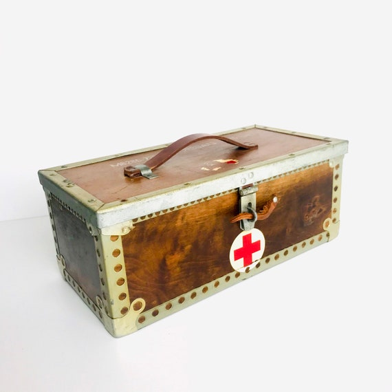 WW2 Medical Nurse Box | World War 2 Memorabilia |