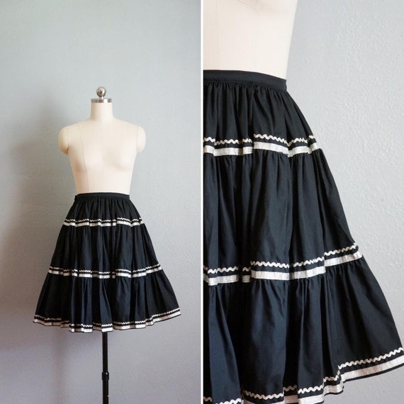 1950s Black Patio Circle Skirt | Vintage 50s Full