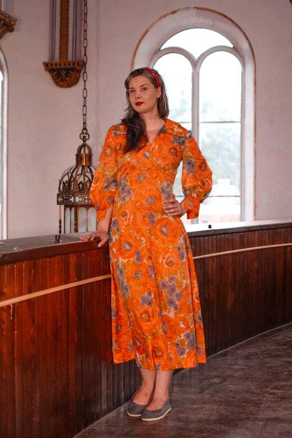 70's Vintage Poppy Floral Long Sleeve Hostess Dres