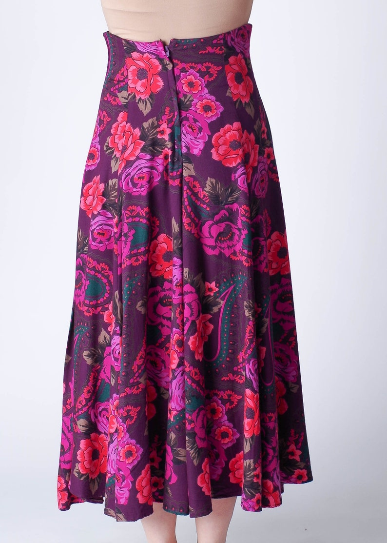 Carole Little Size 6 Purple and Pink Floral and Paisley Flowing Skirt
