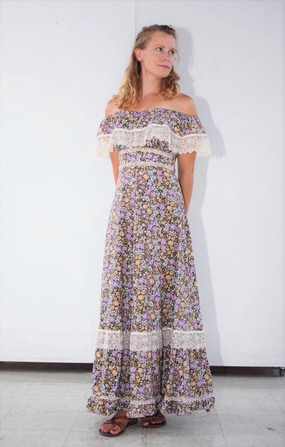 70's Floral Prairie Maxi Dress