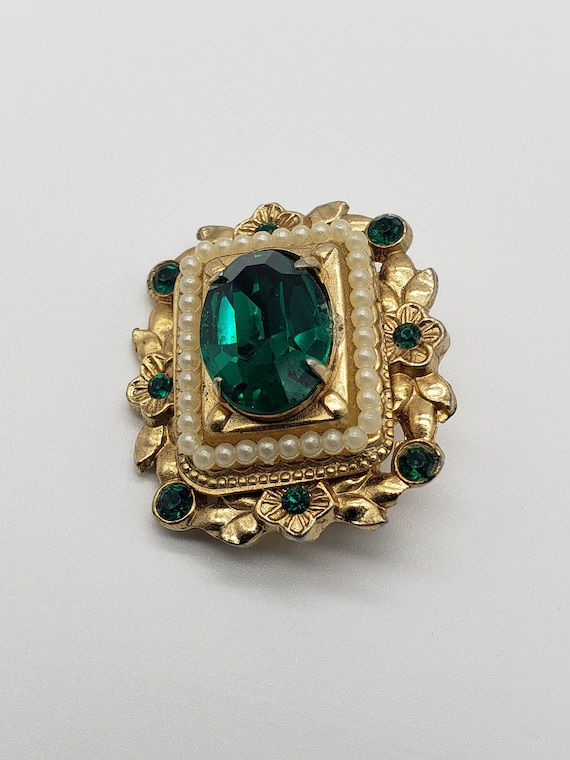 Coro 1940s Vintage Victorian Revival Faceted Emer… - image 2