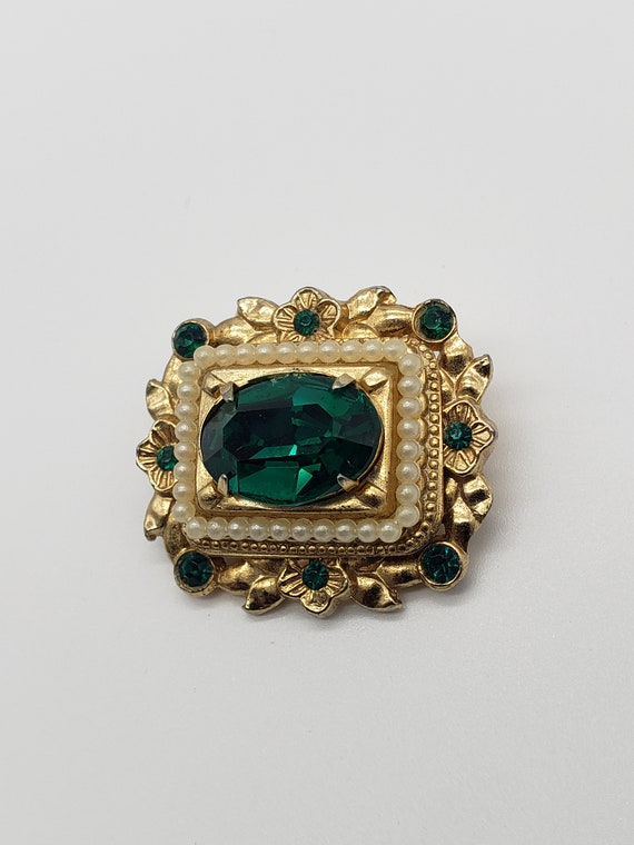 Coro 1940s Vintage Victorian Revival Faceted Emer… - image 5