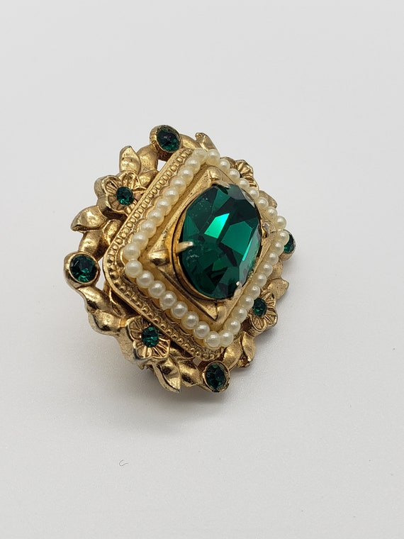 Coro 1940s Vintage Victorian Revival Faceted Emer… - image 4
