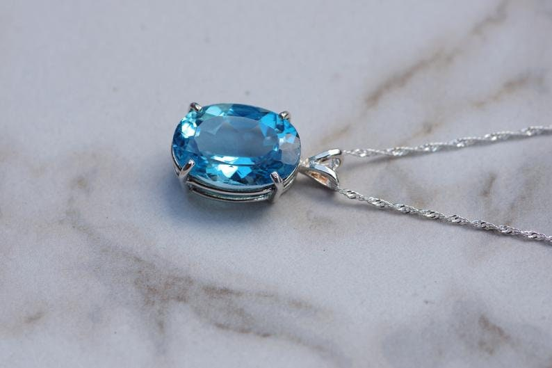 925 Sterling Silver Oval Cut Pendant With Best Quality Blue Topaz PSR-49 Beautiful 100/% Natural Swiss Blue Topaz Silver Pendant