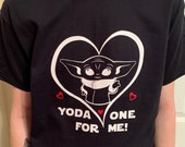 Yoda Shirt Mandalorian Shirt Unisex T-shirts Baby Yoda Valentine T shirt Ladies Men sizes Plus Size VALENTINE