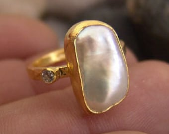 Shell Pearl RingTree of Life Gold  RingEmbossed Ring goldWhite Mother of Pearl RingMinimalist ring White Ring Goldwhite Mop ring
