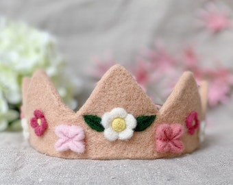 Blush pink crown for toddler, springtime tiara with adjustable size, 6th birthday party rose crown, unique crown for birthday verse