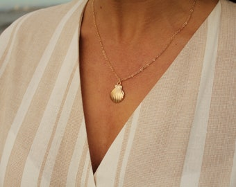 Spiral Shell Women Shell Necklace Long Labradorite Necklace Sea Shell Necklace Gold Shell Necklace Long Shell Pendant Beach Necklace