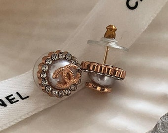 LUX 80/'s Vintage Gold Chain Parisian Coin Stud Earrings