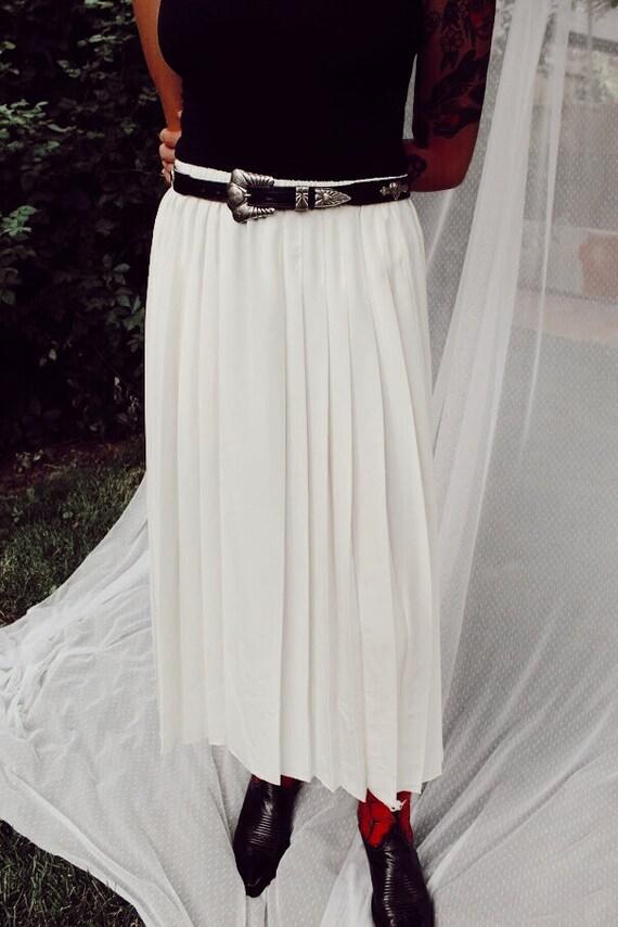 Unworn 1980s Vintage Pleated Midi Skirt