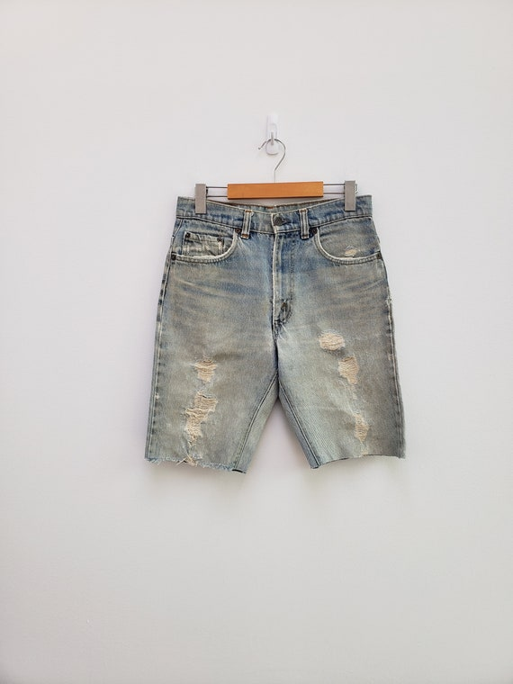 80s faded bleached Levi's cut off shorts denim lo… - image 1