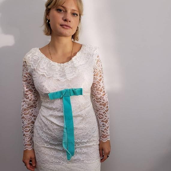vintage 1960s white lace mini dress velvet swinger