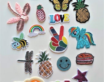 Pineapple Beaded Patches Ananas Fruits Rhinestone Brooch Applique DIY Handmade Badge Sew On Clothes Hat Shoes Bags Garment Accessories BG214
