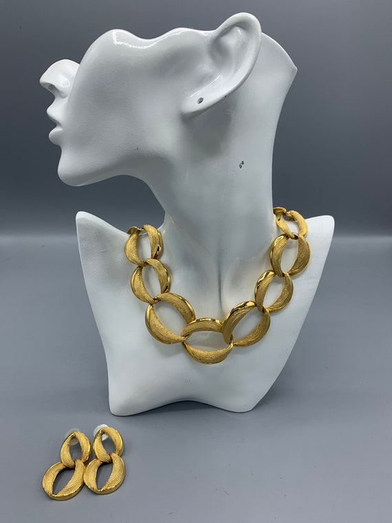 Vintage Napier Parure Earrings and necklace.