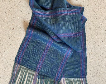 Luxurious Handwoven Scarf