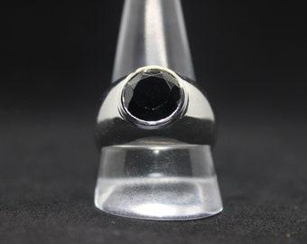 Unisex Black Spinel Sterling Silver Ring Size U