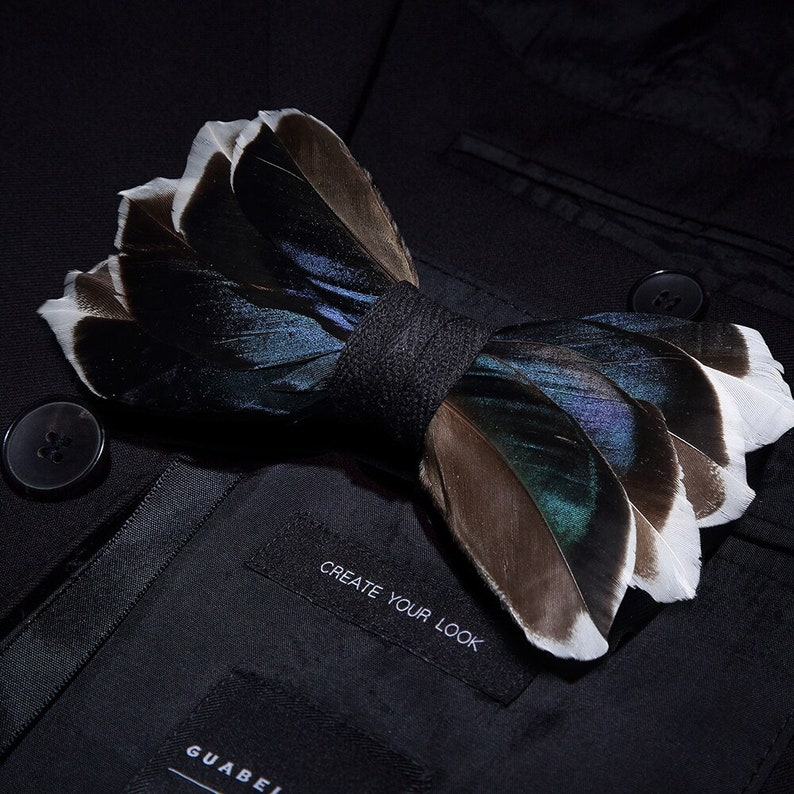 JEMYGINS original design men/'s bow tie natural bird feather bow artificial leather bow tie brooch wooden box wedding party gift