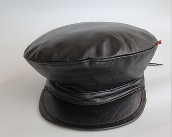 Black plain Rasta leather crown hat