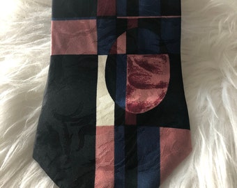 Worn Once Halston Hand-Made 100-Percent Italian Silk Vintage ITALIAN SILK TIE
