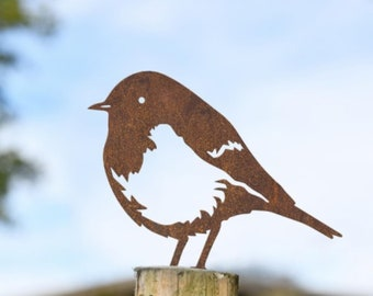 Robin Fence Topper Rustic / Garden, Outdoor Decoration/ Birdwatchers, Bird Lovers, British Birds Gift/ Metal Bird Silhouette