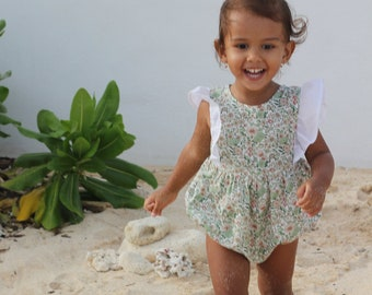 Baby girl organic ruffle romper in White