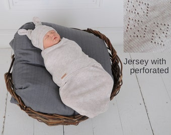 Cot for Babies 0-6 Months Car Seats Fehn 00068726 068726 Swaddling Blanket with Velcro Fastening for Prams Pink Carriers