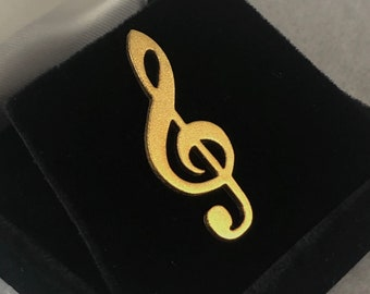 lead free English Pewter handmade in Sheffield uk Q239 Treble Clef on a 3 inch Kilt Pin  Brooch for Scarves Hats etc