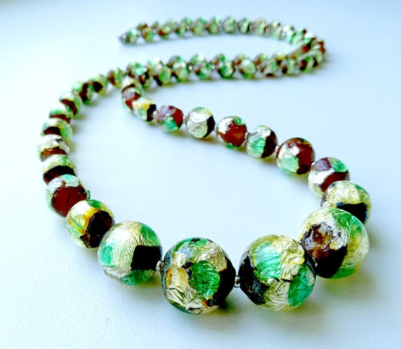 Antique Art Deco Long Glass Beaded Necklace Apple Green Beads with Antique Yellow Italian Wedding Beads LM8