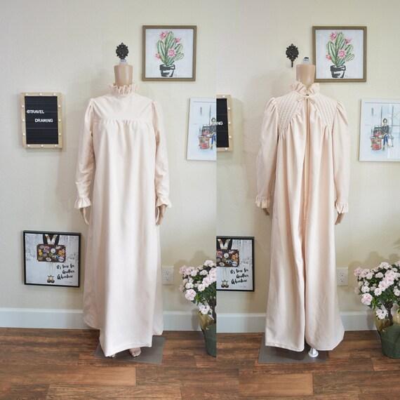 70's Vintage Romantic Victorian Style Pink Pajamas