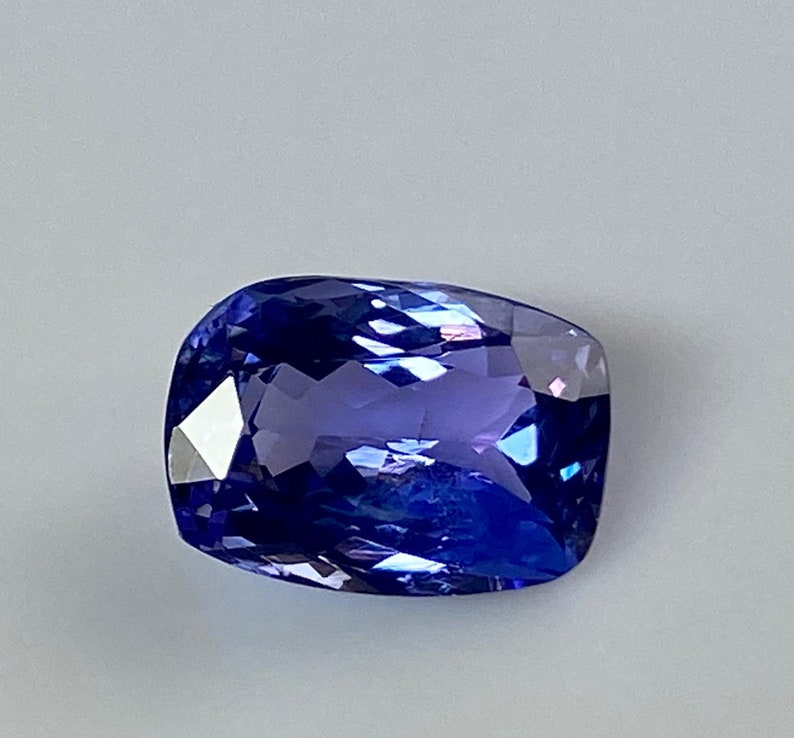 Top Quality Natural Tanzanite 100/% Natural Gemstone