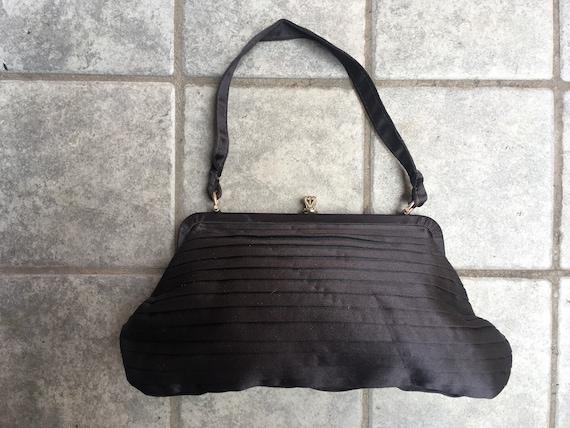 Amazing 30's silk handbag