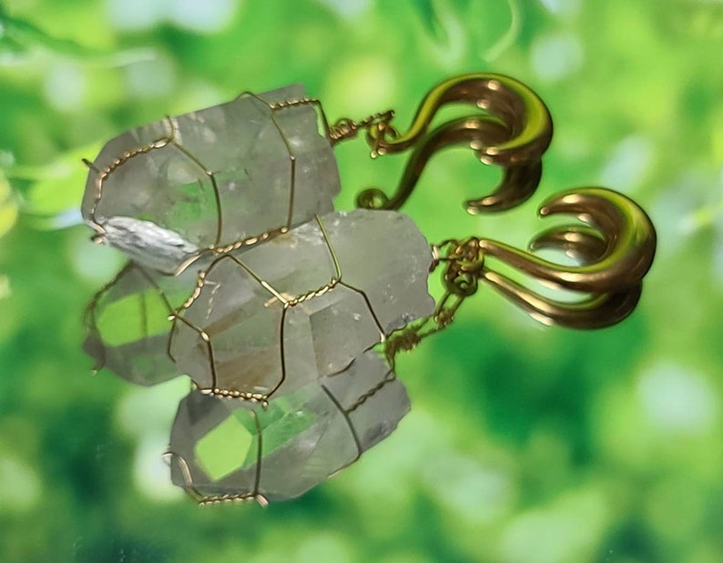 Quartz Gold Wire Wrapped Ear Weights 0g8mm