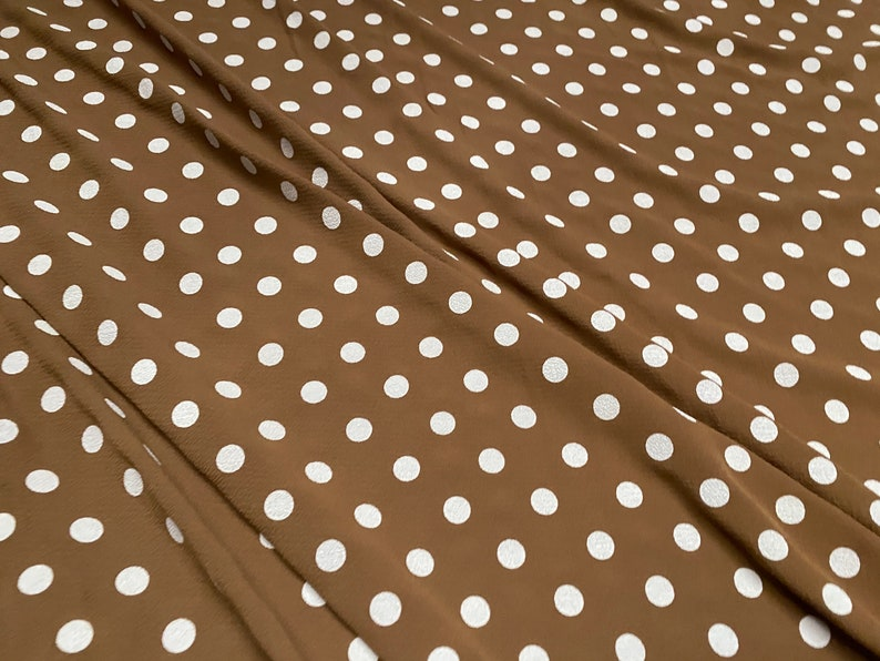 tobacco /& white polka dot print Bubble crepe woven with comfort stretch