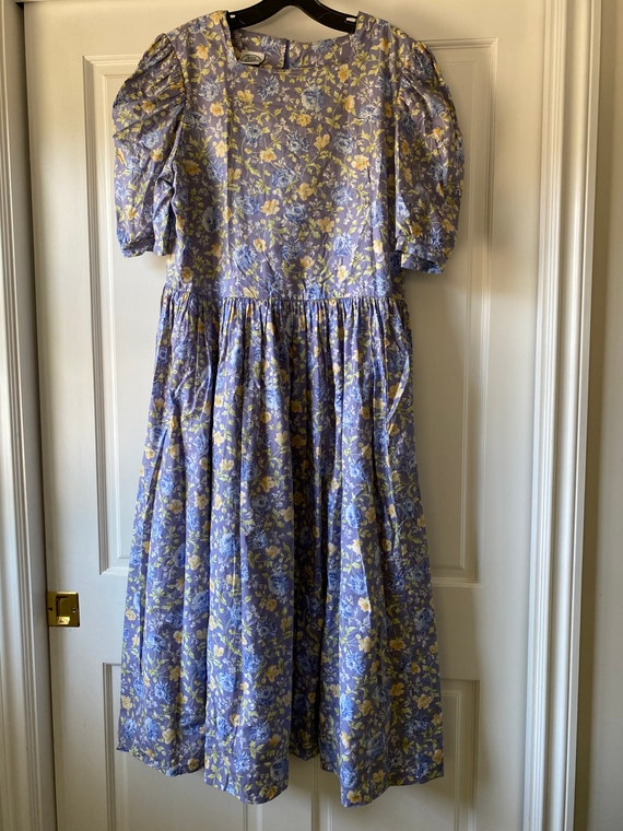 Laura Ashley - Vintage Floral Dress Size 10 or 12