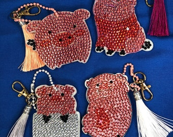 UPDATED PICS- Pigs Diamond Painting Keychains With Tassels