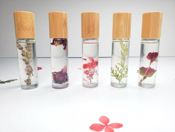 Essential Oil Gift | Essential Oils | Dried Flowers | Healing Essential Oils | All Natural Essential Oil | Essential Oil Gift | Aromatherapy