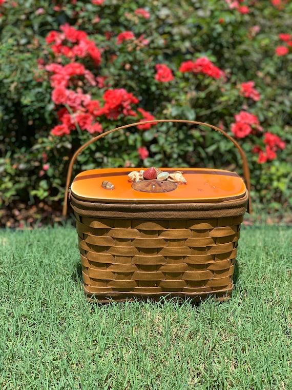Super Cute 1950s Basket Purse