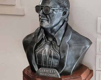 Marvel: Bust Stan Lee XXL with wood support