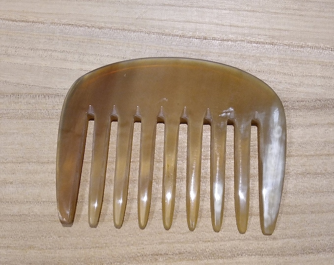 AFRO horn comb