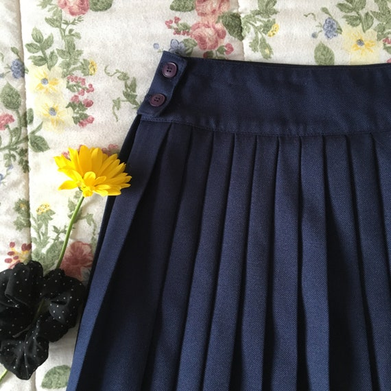Vintage High Waisted Navy Blue Pleated Skirt - image 3